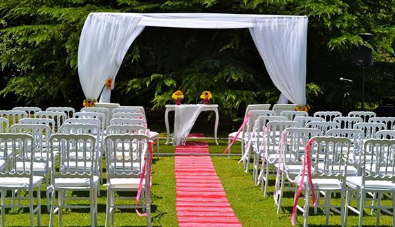 Alquileres royal alquiler de sillas mesas toldos y manteler a para eventos en costa rica - Alquiler de mesas y sillas para eventos precios ...